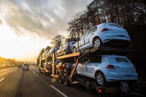 Jak wygląda transport aut?